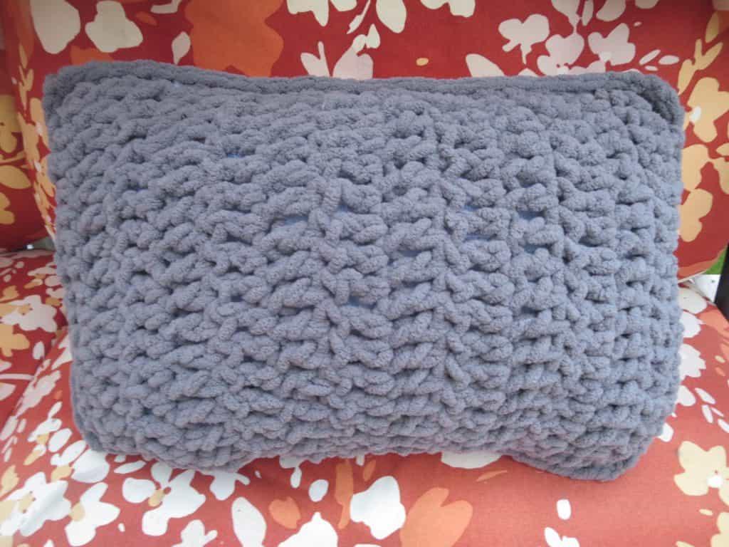 crochet travel pillow