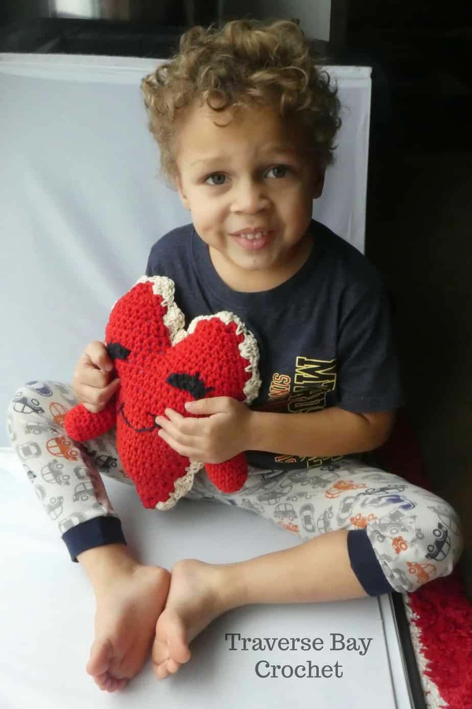 crochet heart free patttern