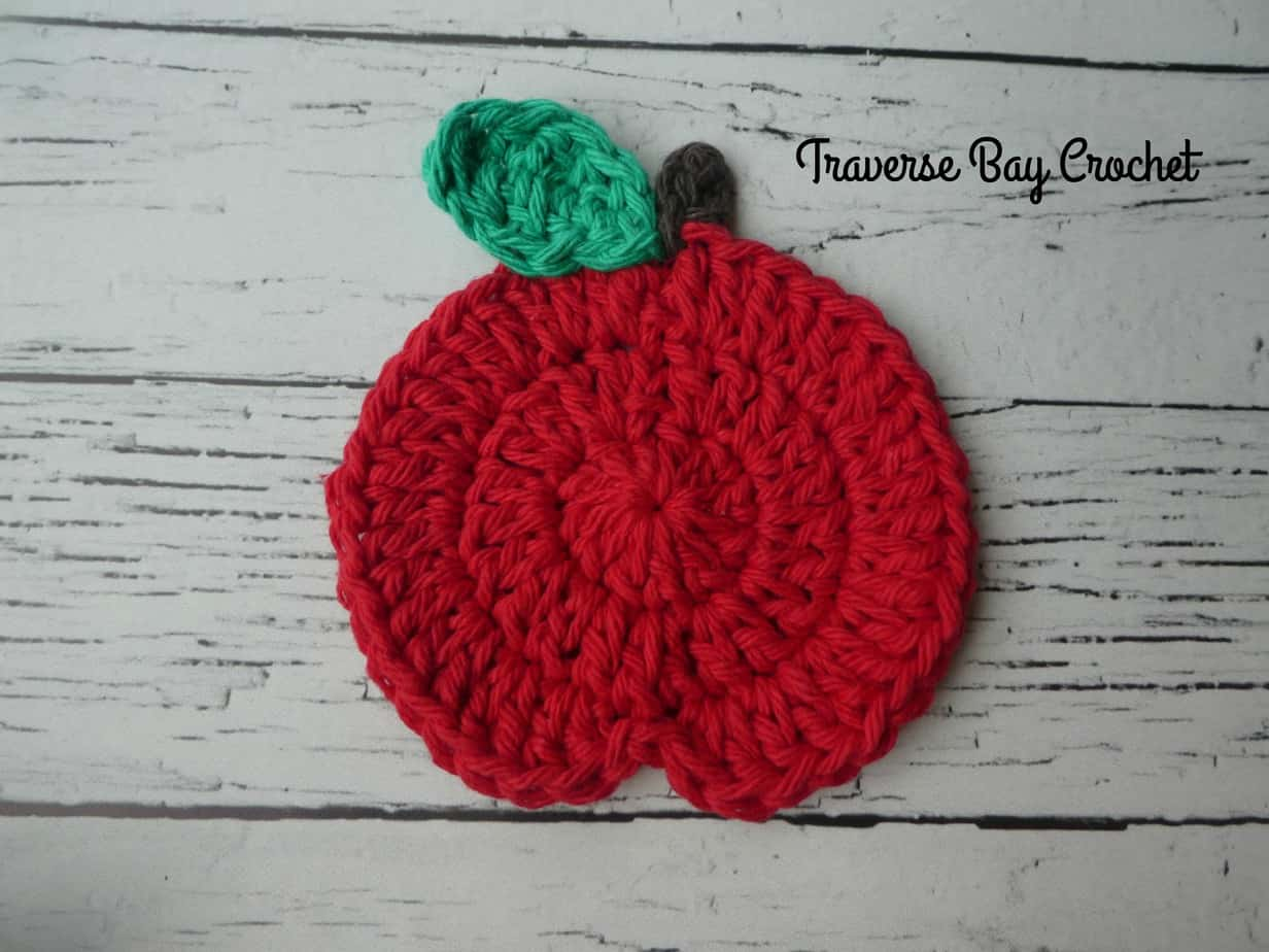 crochet apple coaster free pattern