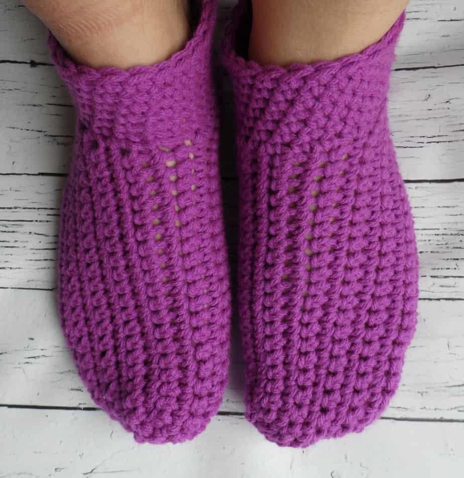 Easy peasy adult crochet slippers -