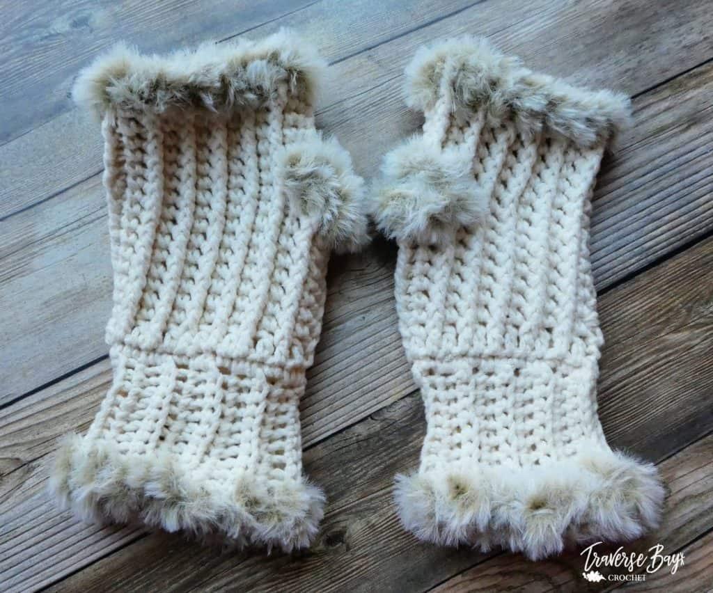 crochet fur fingerless mittens free pattern