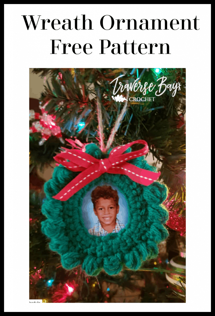 crochet wreath picture ornament pattern