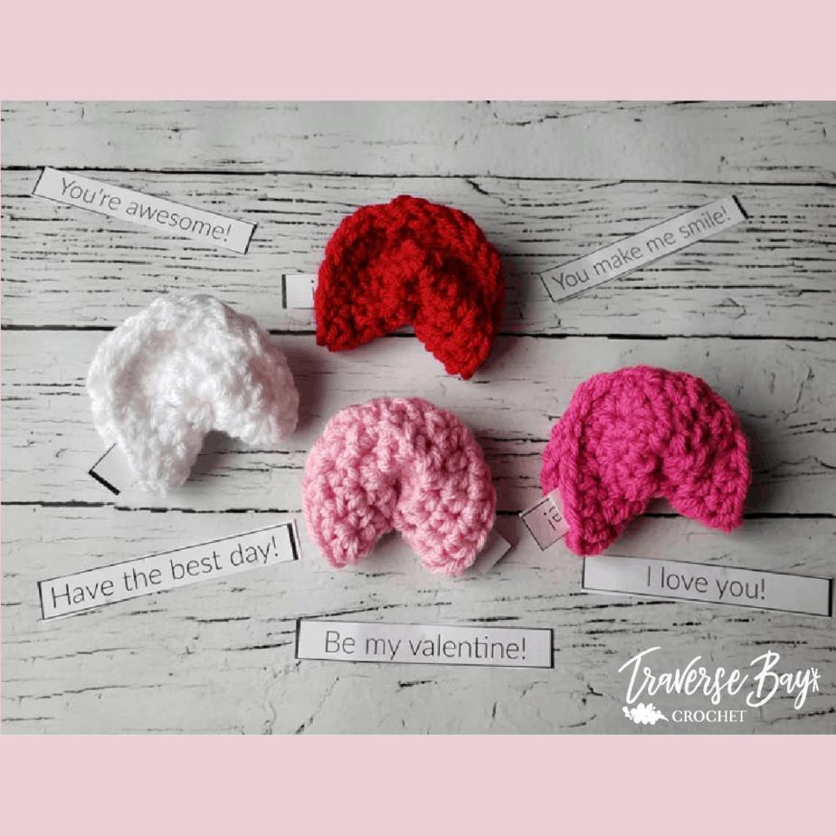 crochet Valentine free pattern